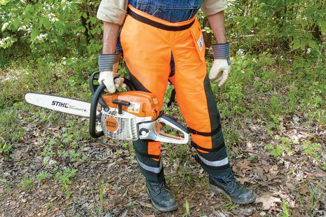 Top 4 The Best Chainsaw Chaps