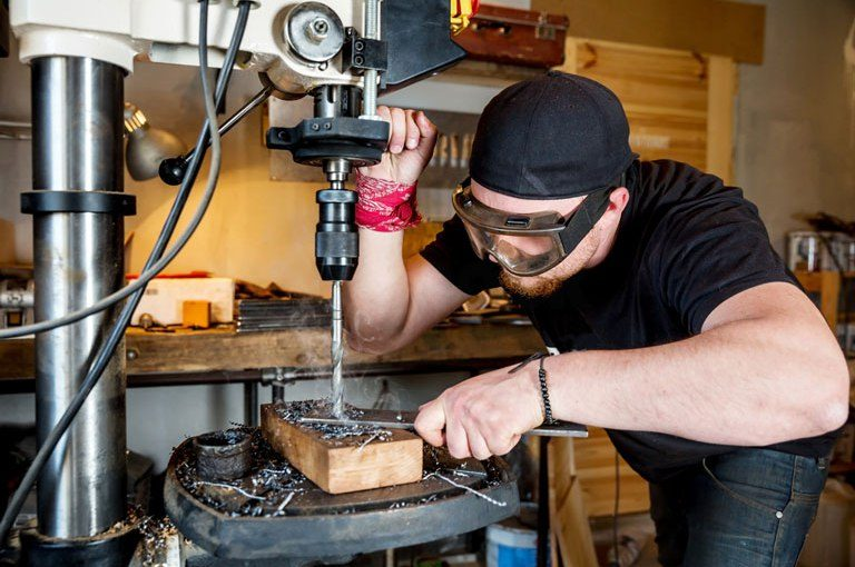 Top 4 The Best Drill Presses for Metal