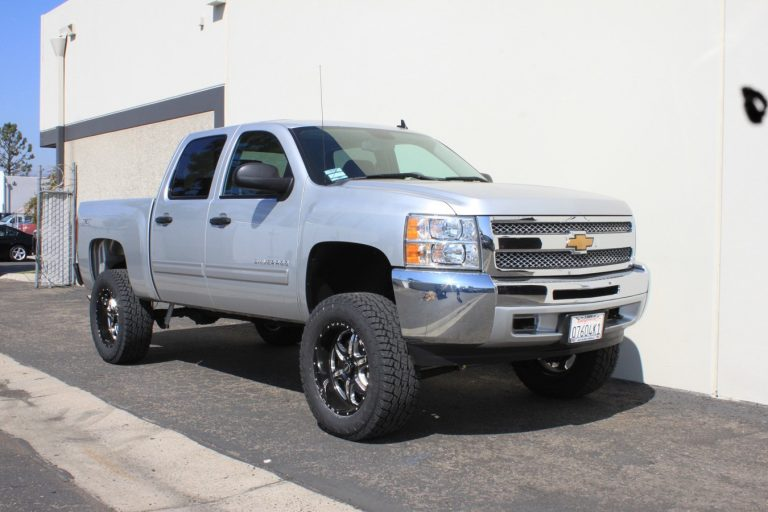 Top 4 The Best Lift Kits for Chevy Silverado