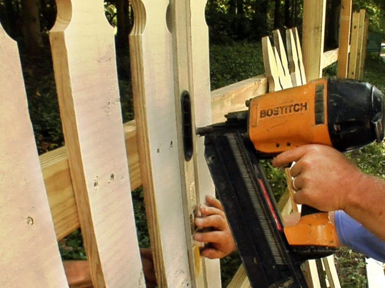 Top 4 The Best Nail Guns for Fencing