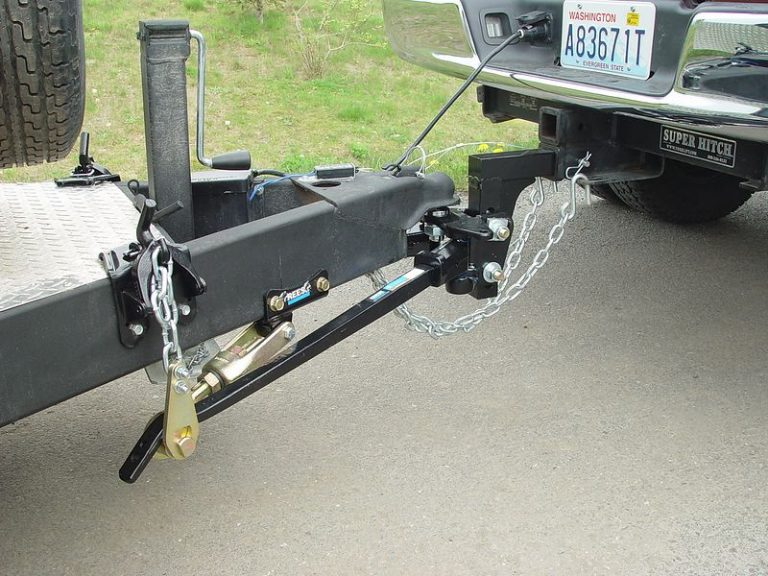 Top 4 The Best Weight Distribution Anti-Sway Hitches